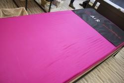 ▲一流アスリートも愛用する「air」マットを体験可能。また、枕の測定時、ここで横になるとそのまま眠りたくなるはず。