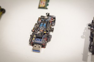 「USBメモリ」も使用可能