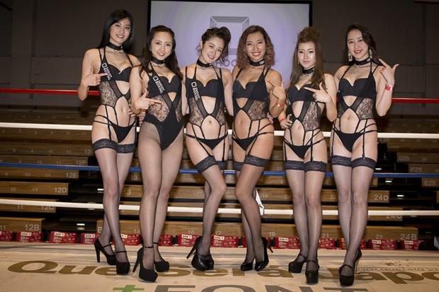 左から日吉晶羅さん、安達芽生さん、菊池なつきさん、エマ中岡優姫さん、工藤ゆいさん、小林眞琴さん
