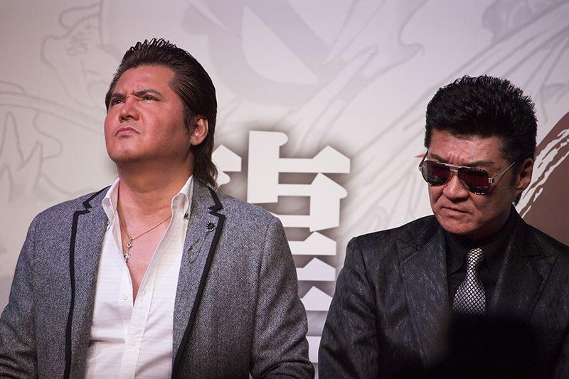 ▲阿波野大樹を演じた竹内力氏(左)、久瀬大作を演じた小沢仁志氏(右)。
