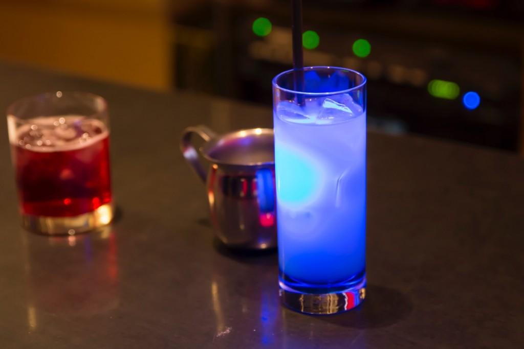 ▲「エーテル」(600円税抜)は「魔力」でグラス内が輝く