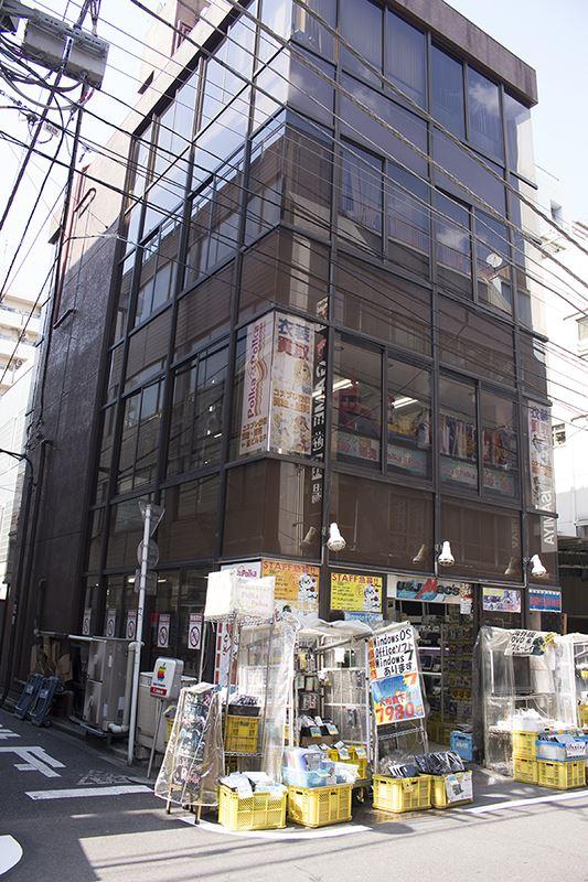 ▲「ポルカポルカ」はPCショップ「U&J Mac's」があるビルの2階。