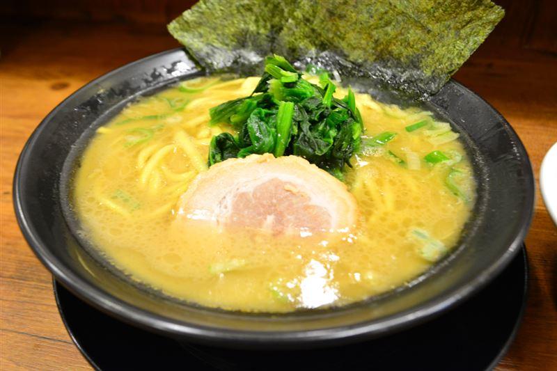▲醤油『豚骨ラーメン(700円)』。
