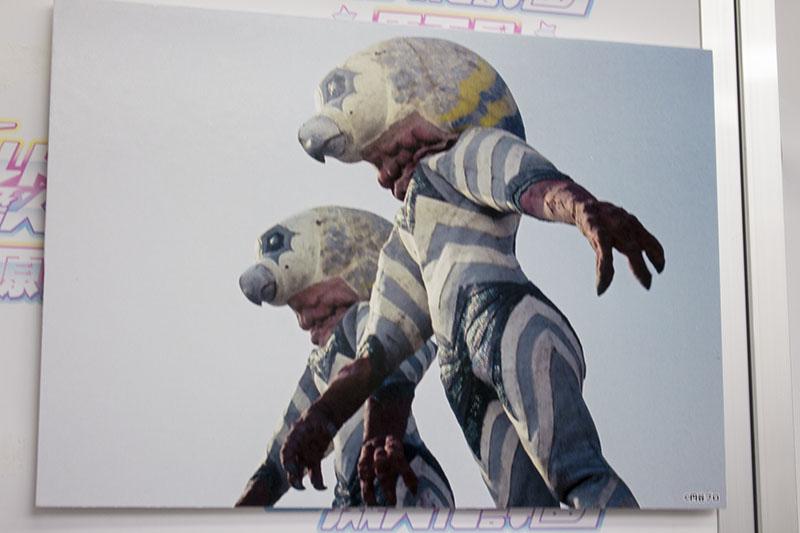 ▲「ウルトラ怪獣擬人化計画 原画展」で展示されたガッツ星人のパネル。