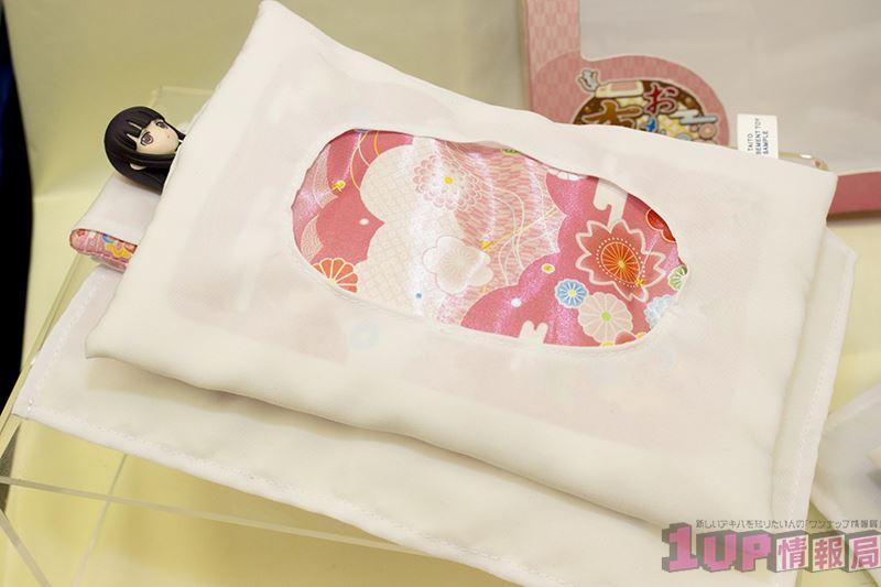 ▲フィギュアを寝かせる用の布団。使い道は……大いにある、かもしれない。