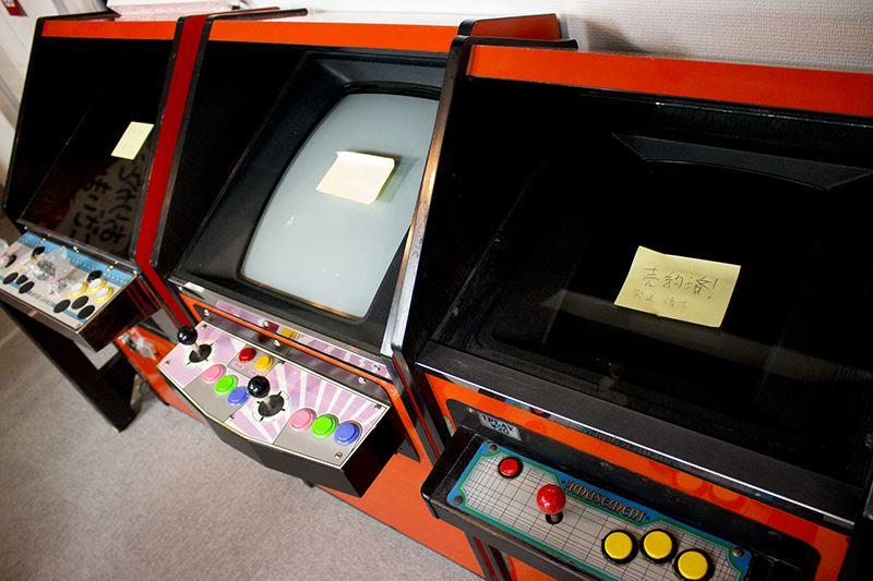 ▲3万円代から7万円代の「駄菓子屋筐体」はすでに売約済み。