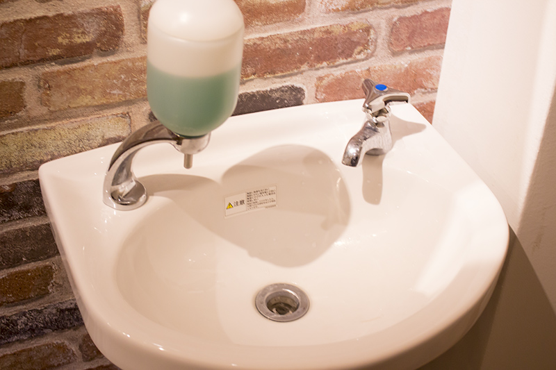 ▲まず最初は手を入念に洗いましょう。