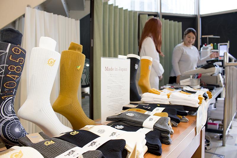 ▲開催期間中の土日限定で刺繍加工を入れてくれるサービスも実施中。加工場所はアトレ秋葉原1Fとなる。