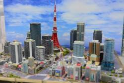 ▲情景師アラーキーさんの作品「東京風景特撮スタジオ」。
