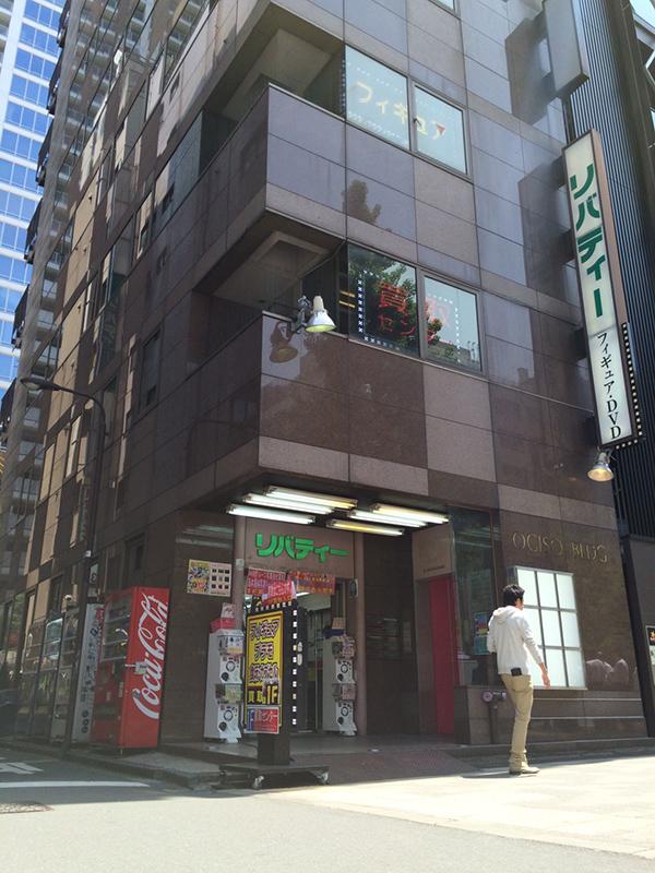 ▲本店舗は小木曽ビルの6階にオープン予定。場所は「カールス・ジュニア」のある新ビルの隣。