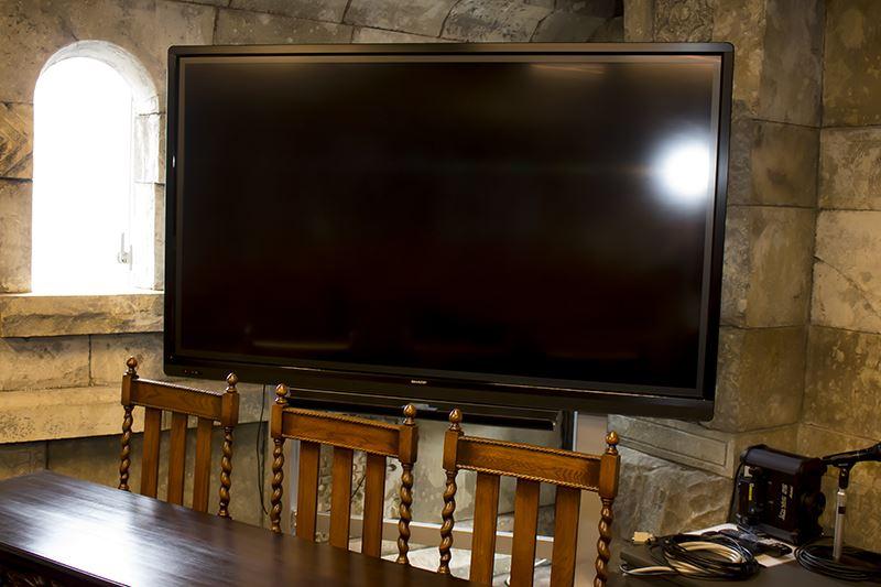 ▲それぞれの会議室には電子黒板も設置。