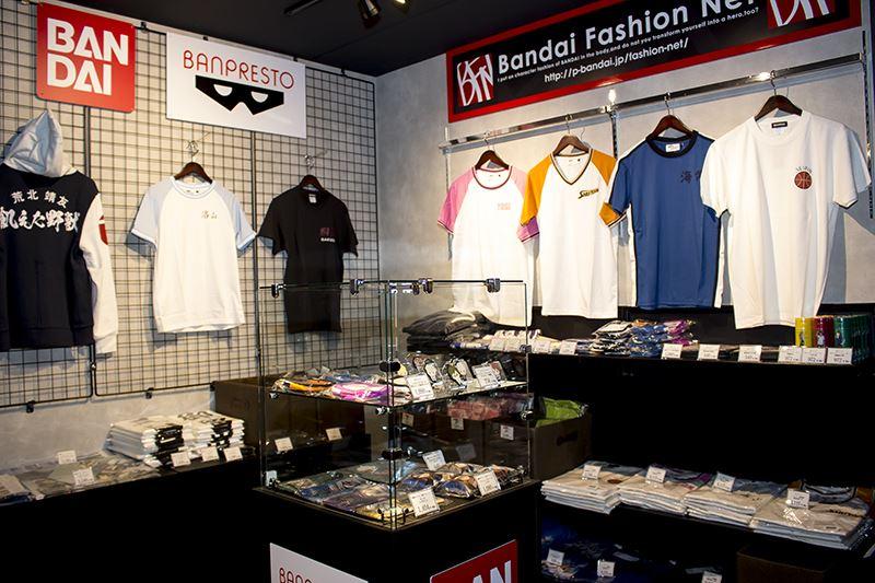 アニONSTATIONAKIHABARA本店・バンプレストオリジナル限定コラボ商品・販売コーナー (1)