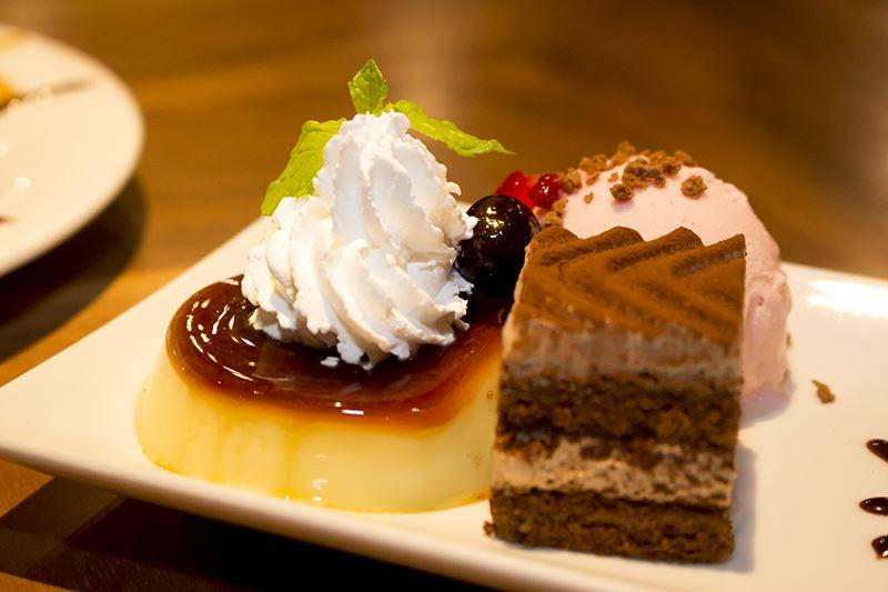 ▲プリン、ストロベリーチョコクランチ、ショコラケーキが堪能できるセット。「フン!俺は不良だよ…!」という方も「ンまあ~~い」と涙すること間違いなし。