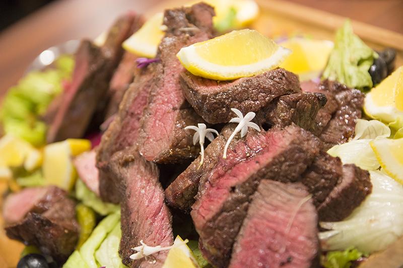 ▲肉々しさ溢れる肉。うん、肉。