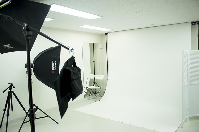 ▲店内には撮影スタジオも用意。着付け後に撮影して、返却時に記念写真が渡されるサービスも準備中。