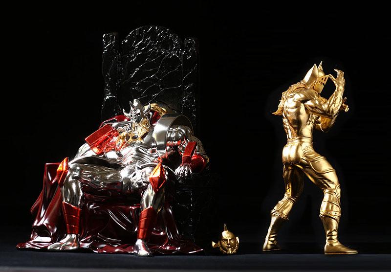 ▲右は「ケビンマスク ゴールデン・メイルストロームパワーver.」。