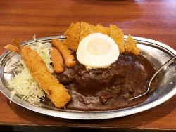 松井秀喜も食べたアルバのホームランカレー。