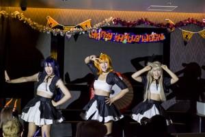 ダンスユニット「9μHz(ナインヘルツ)」による」ラブライブ!」のパフォーマンス