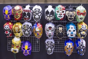 ブースには色々なマスクがある