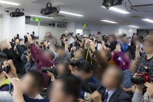 参加者も撮影可能な時間があり、みなカメラのシャッターを一斉に切る