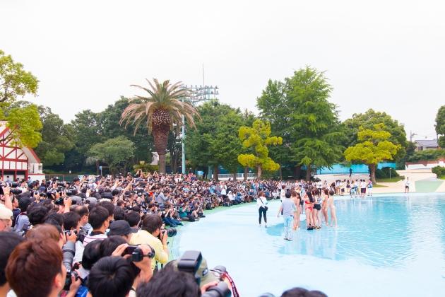 集まった1000人のカメラマン