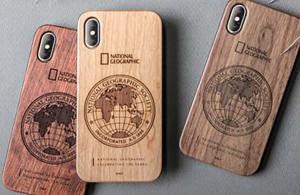 天然木のナショジオiPhoneケース