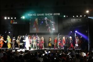 日本を中心に海外からもコスプレイヤーが集った。