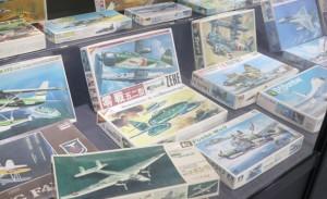 零戦など飛行機プラモの数々