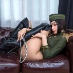 【コスプレ】日本の軍服レオタードが海外で話題に! 海外のセクシー軍服も紹介